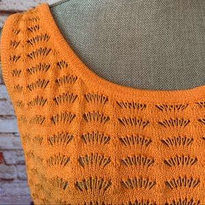 St. John Tops - St John Cropped Sweater
